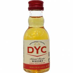 8 Whisky - Whisky DYC Selected Blended