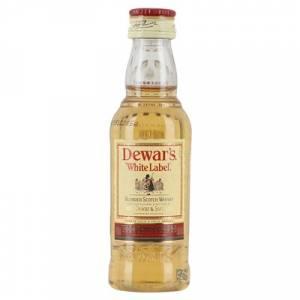 8 Whisky - Whisky Dewar´s White Label 5cl (OFERTA TEMPORAL)